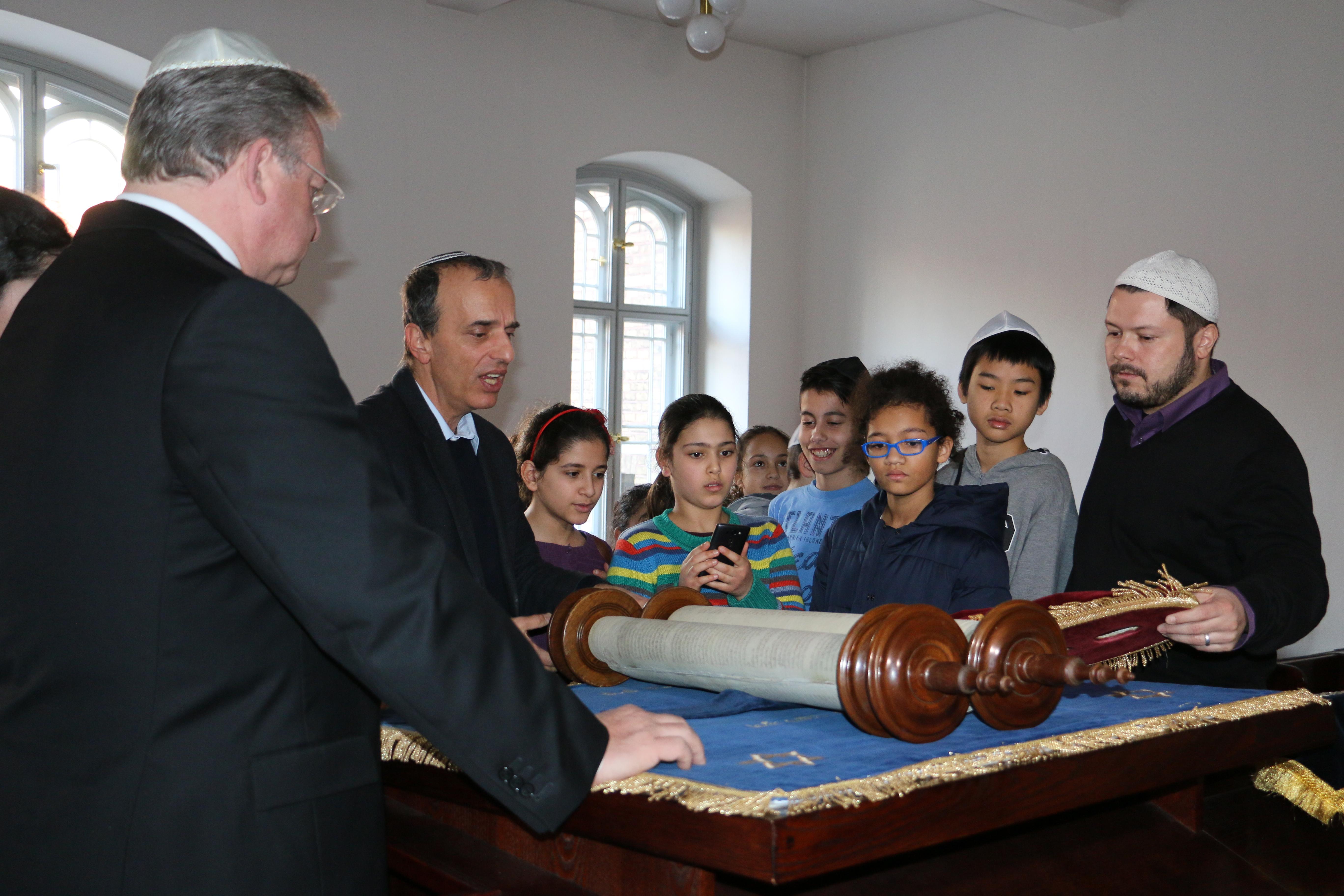 Synagogen-Besuch der Mierendorff-Schule